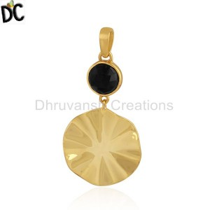 Black Onyx Gemstone Wavy Disc Design Silver Gold Plated Pendants
